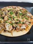 照り焼きチキンときのこの和風ピザ
