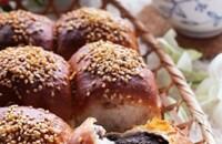 香ばしくて美味しい♪ごま団子みたいなごま団子ちぎりパン