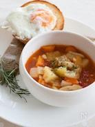 トマト風味の野菜カレースープ