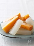 大根の甘酢煮と柿のサラダ