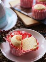 ホットケーキミックスで簡単あの味♡しゅわふわチーズ蒸しケーキ