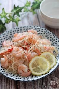 やみつき副菜♡むき海老とカニカマのレモン香る春雨サラダ