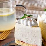 天使の食感♡牛乳パックで作るホワイトチョコレアチーズケーキ