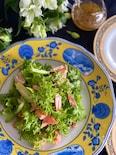 わさび菜と鮭ハラスの自家製ドレッシングサラダ