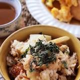 ふっくらご飯とおこげが美味しい♡春の香り旬のたけのこご飯