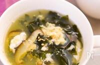 こんぶ茶で♡【わかめたっぷり♪生姜こんぶ茶スープ】ほっこり