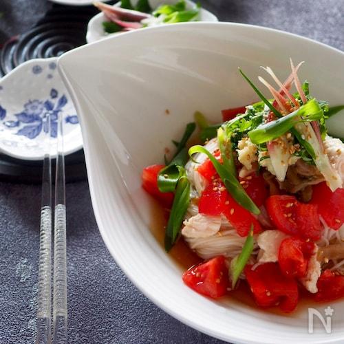 【中華風そうめん】鶏ささみとトマトとザーサイのそうめん