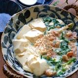 豚バラと豆腐とニラのとろーり豆乳煮