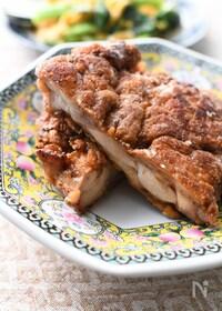 『【台湾の屋台飯】大きなスパイス唐揚げ「ジーパイ(鶏排)」』