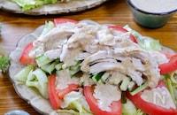 たっぷり野菜と共に♡『鶏むね肉の棒棒鶏』〜胡麻味噌だれ〜