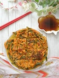 野菜たっぷり♪ピり辛チヂミ