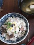 塩レモンとサバ水煮缶の炊き込みご飯