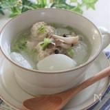 カブと鶏団子のトロトロスープ