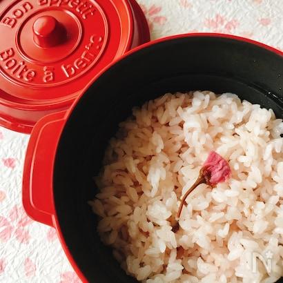 桜ご飯の写真