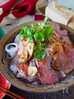 【ステーキ肉1枚で2人分】バター醤油ローストビーフ丼