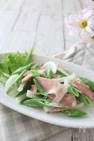 スナップエンドウと新玉ねぎのホットサラダ(食育にもお勧め)