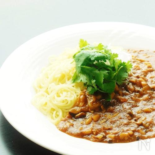 ツナのジャージャー麺