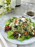 ブルーベリーとトマトのスプラウトサラダ