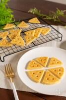 チーズ好き必見!サクホロ!チーズクッキー(オーブン不要)