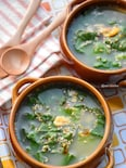 【捨てないレシピ】レタスの外側の葉de基本の鶏ガラ卵スープ♪