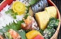 【お弁当のおかず】33選|冷凍おかず、10分以内の時短おかず、子ども向け野菜おかずも!