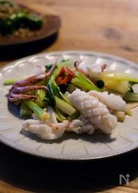 『台湾家庭料理「セロリとイカのあっさり炒め」』