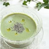 夏バテ防止に!モロヘイヤとチアシードの豆腐冷製スープ