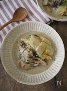 旨味たっぷり!牡蠣と白菜の白味噌クリーム煮