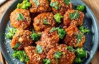 鶏ひき肉で作る♪『チキンミートボールのトマトソース煮』