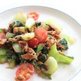 青梗菜とミニトマトのツナ炒め