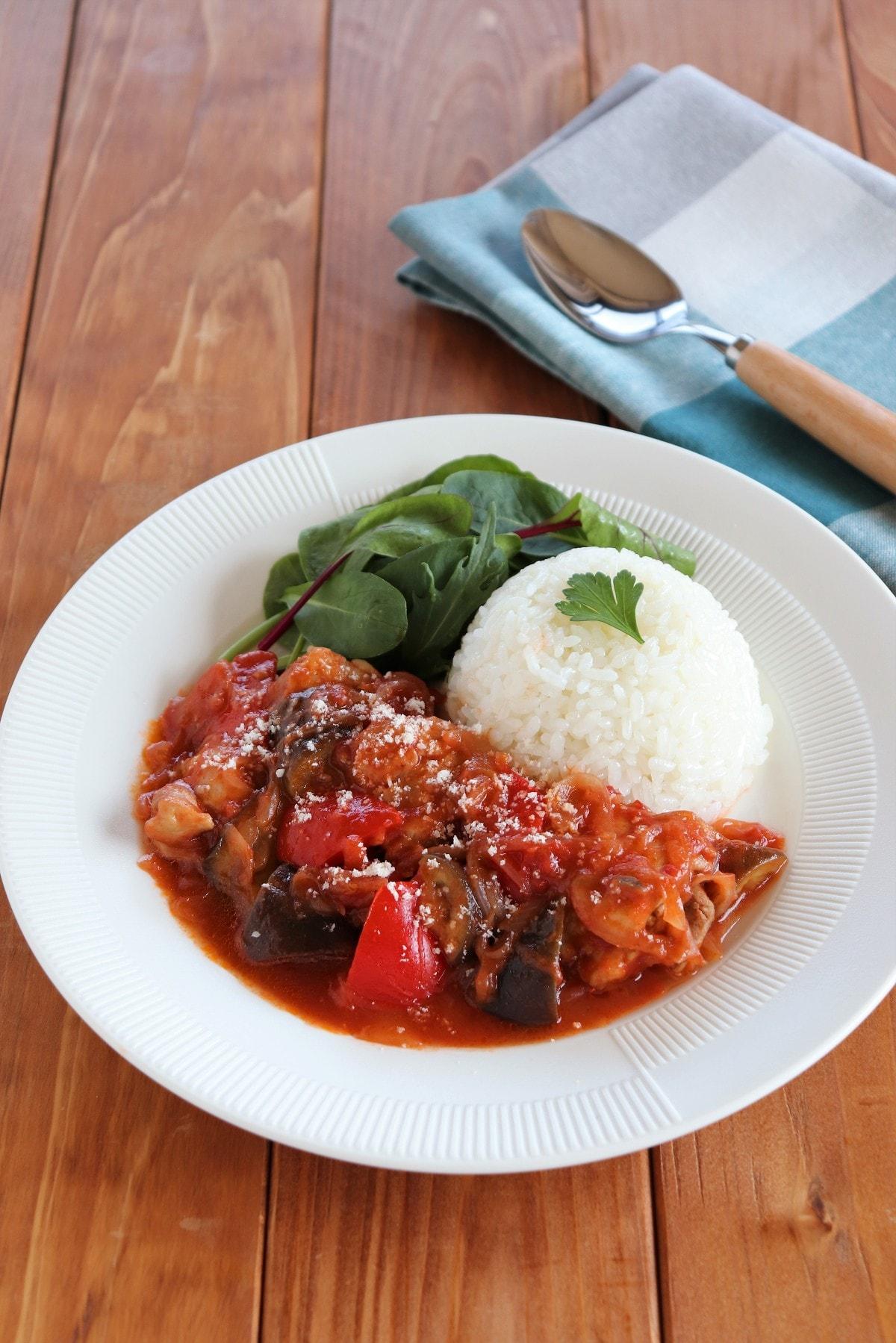トマト 鶏肉 煮 の