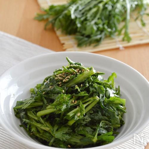 簡単!春菊の中華風サラダ。生の春菊をポン酢とごま油で♪