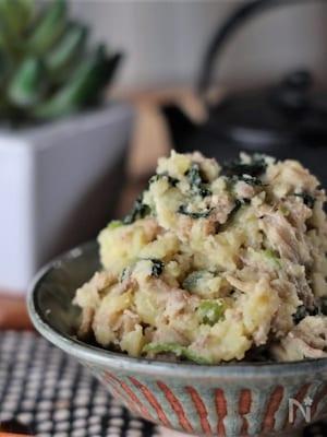 やみつき新味♡小松菜と豚肉の和風バターポテサラ