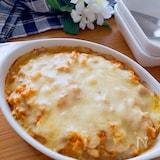 ソースも美味しい♡鶏ひき肉とゆで卵のチーズ焼き