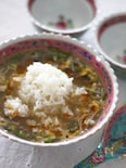 オクラとえのきたけの酸辣湯風スープごはん