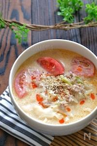 調整豆乳で!練りごま不要!トマト坦々麺風餃子の皮入りスープ