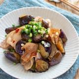 ピリ辛!ナスと豚バラのポン酢炒め。ご飯が進む簡単おかず♪