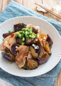 『ピリ辛!ナスと豚バラのポン酢炒め。ご飯が進む簡単おかず♪』