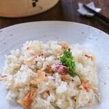 ピンクが綺麗~桜えびと新生姜の炊き込みご飯
