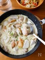 『牛乳で手軽に!鶏肉と里芋のマスタードクリーム煮』