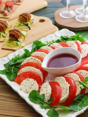 トマトモッツァ☆ラズベリーソース