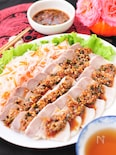花椒香るピリ辛ダレの蒸し豚