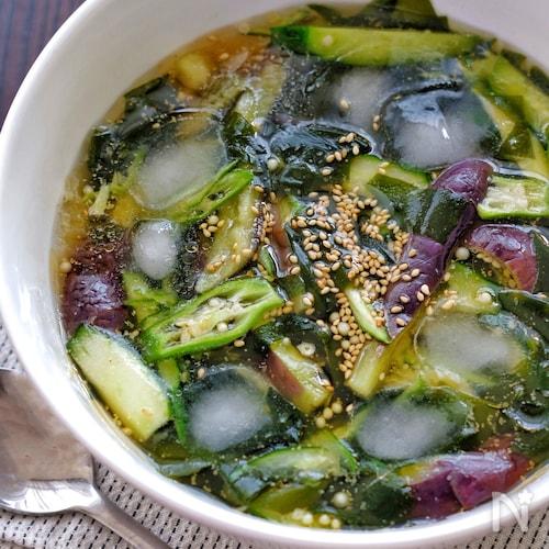韓国料理*夏野菜とわかめの冷たいスープ(ネング)
