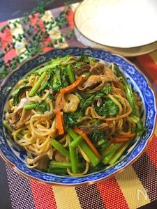 簡単!美味しい!小松菜と舞茸とシーフードの塩焼きそば