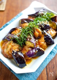 『【茄子と鶏肉のマヨポンだれ炒め】にんにく香る♬︎満足おかず♡』