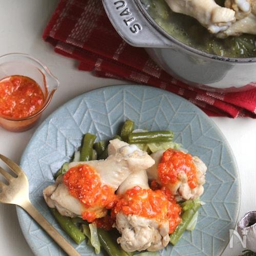 簡単華やかメイン♪柔らか蒸し鶏&レンジで作るパプリカソース