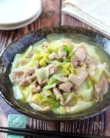 飽きない美味しさ♡豚こまと白菜のとろ〜り旨塩炒め煮