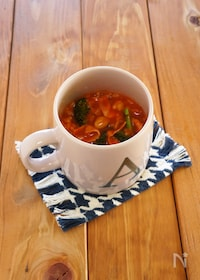 『マグカップで作るトマトリゾット』