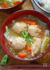 『生姜でぽかぽか♡ぷりぷり鶏つみれの中華風かきたま汁』