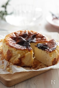 ギリシャヨーグルト入りバスクチーズケーキ(グルテンフリー)